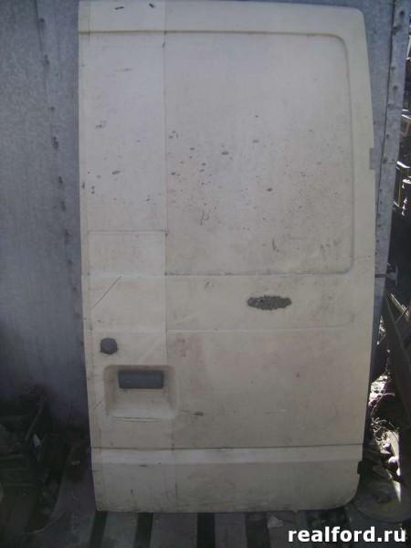 Дверь багажника правая